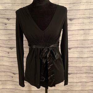 Gorgeous BCBGMAXAZRIA Blouse With Silk Wrap Belt